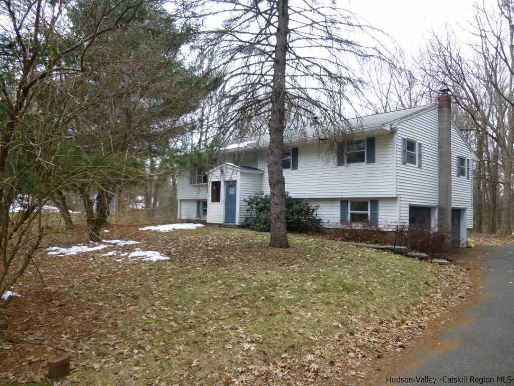 Single Family Home for Sale at 21 Holland Lane 21 Holland Lane New Paltz, New York 12561 United States