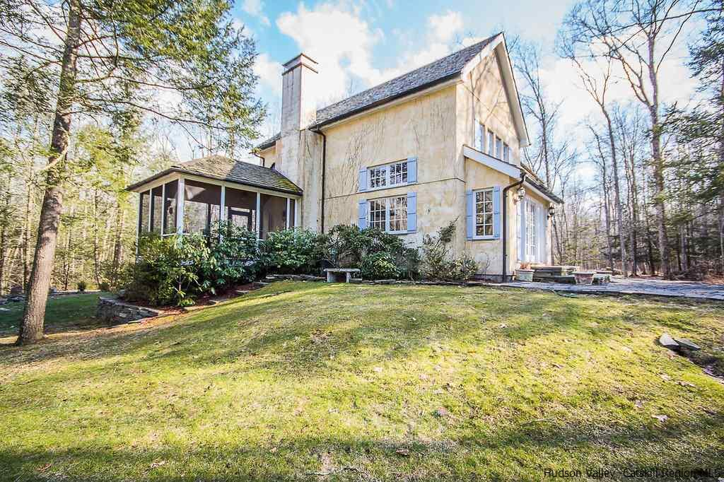 Single Family Home for Sale at 62 Blueberry Hill Road 62 Blueberry Hill Road Accord, New York 12404 United States