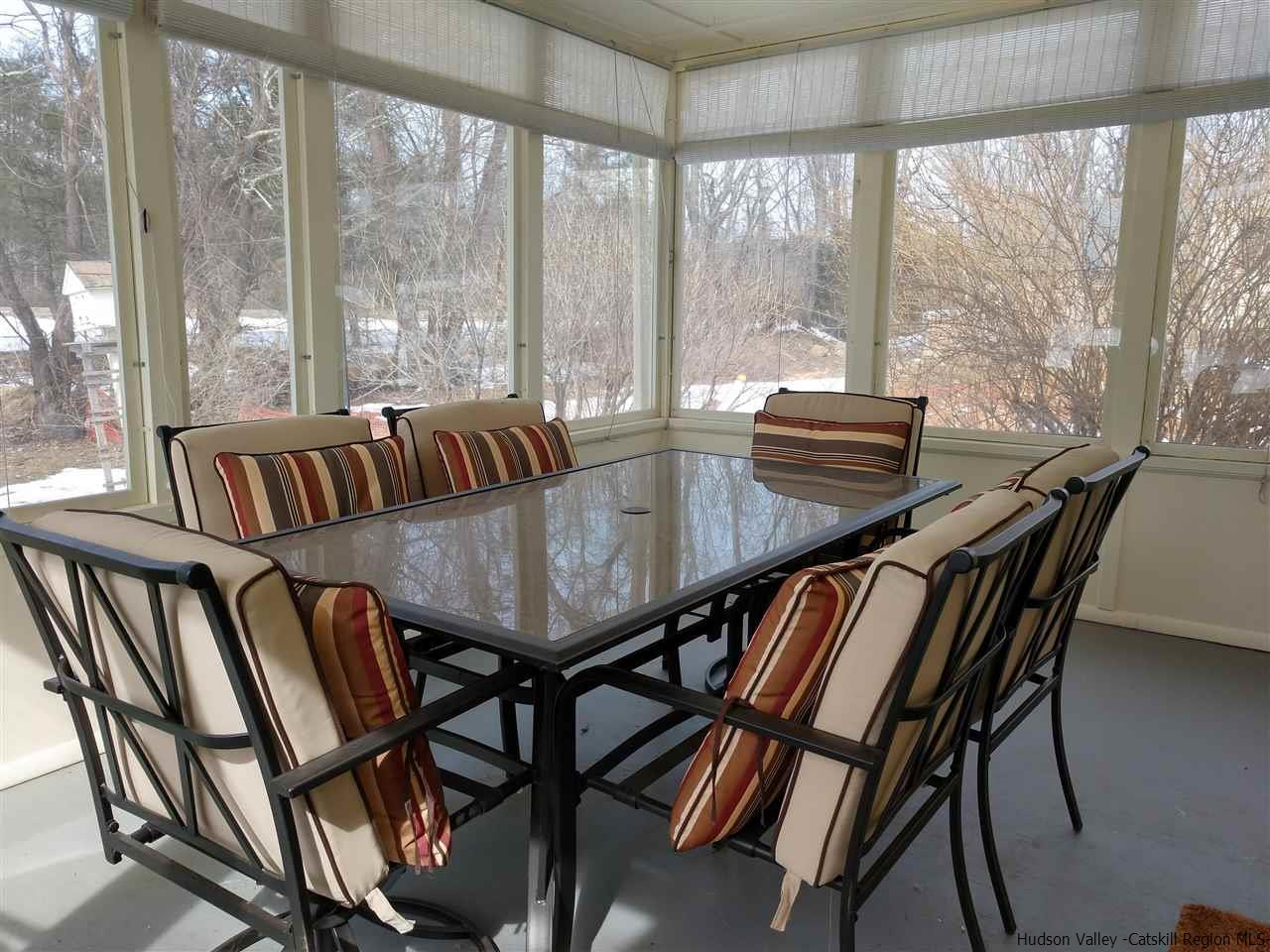 Screened in porch!