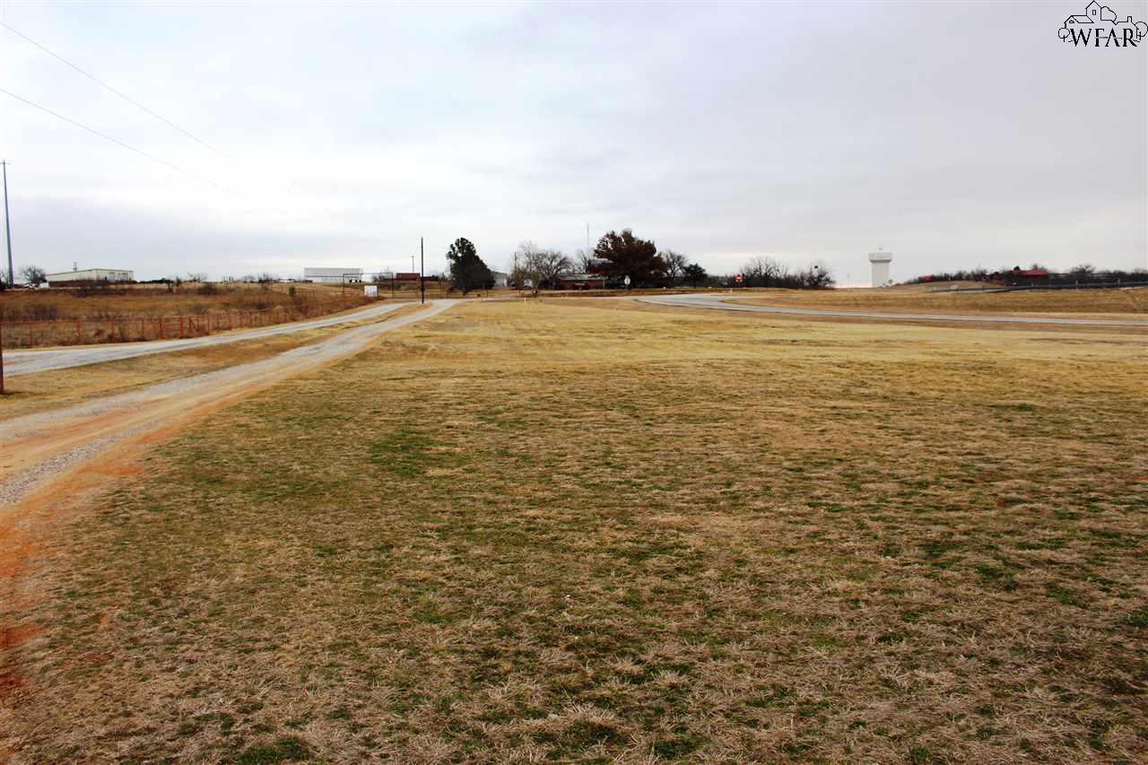 NORTHWEST FREEWAY, Wichita Falls, TX 76305