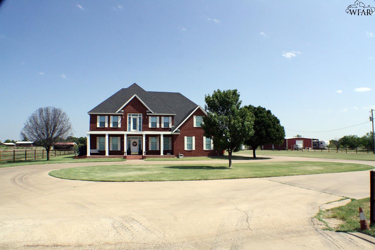 Wichita falls tx homes 300k 400k listing report the for Home builders wichita falls tx