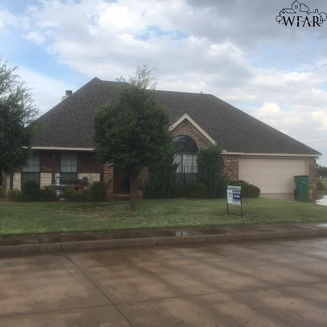 1104 PRESTIGE DRIVE, Burkburnett, TX 76354