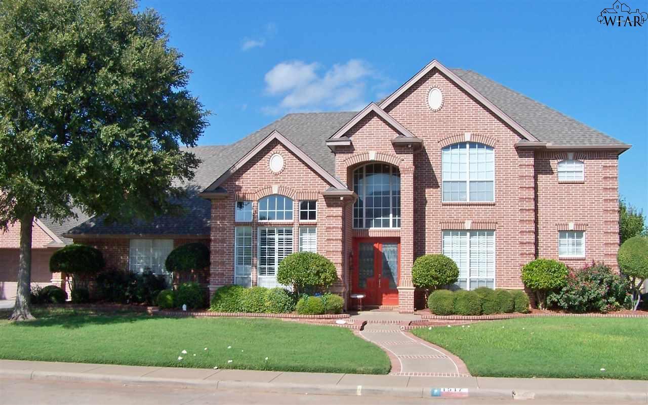 1517 TANGLEWOOD DRIVE, Wichita Falls, TX 76309