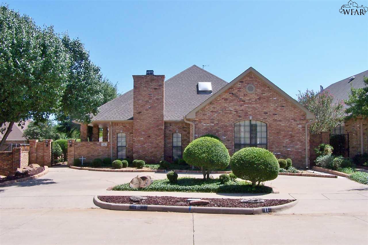 11 HYDE PARK COURT, Wichita Falls, TX 76309