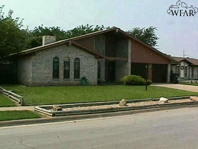 2305 PERRIN DRIVE, Wichita Falls, TX 76306