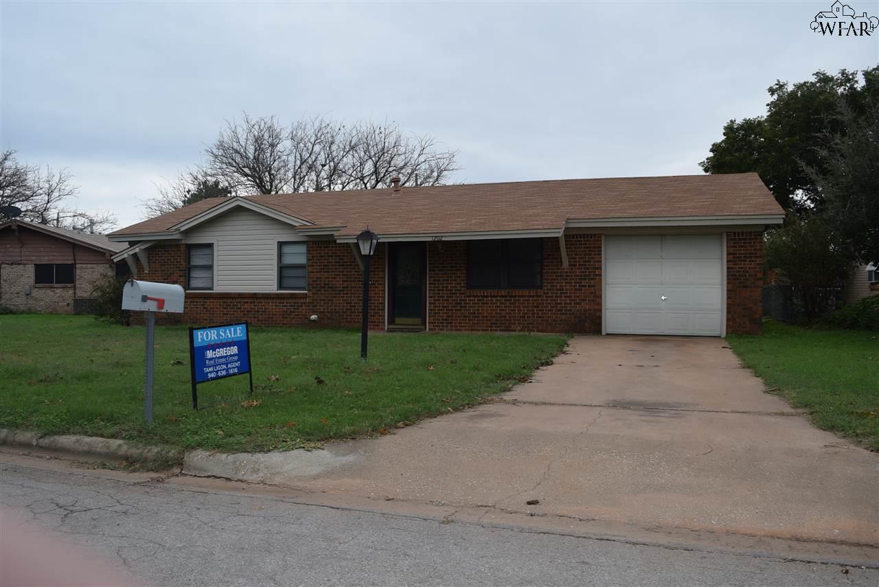 1202 EMMA DRIVE, Iowa Park, TX 76367
