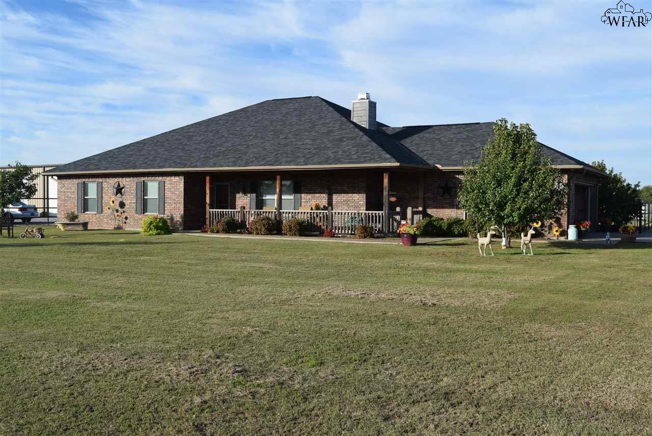 1552 S BELL ROAD, Iowa Park, TX 76367