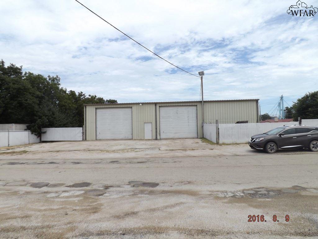 700 E OMEGA STREET, Henrietta, TX 76365