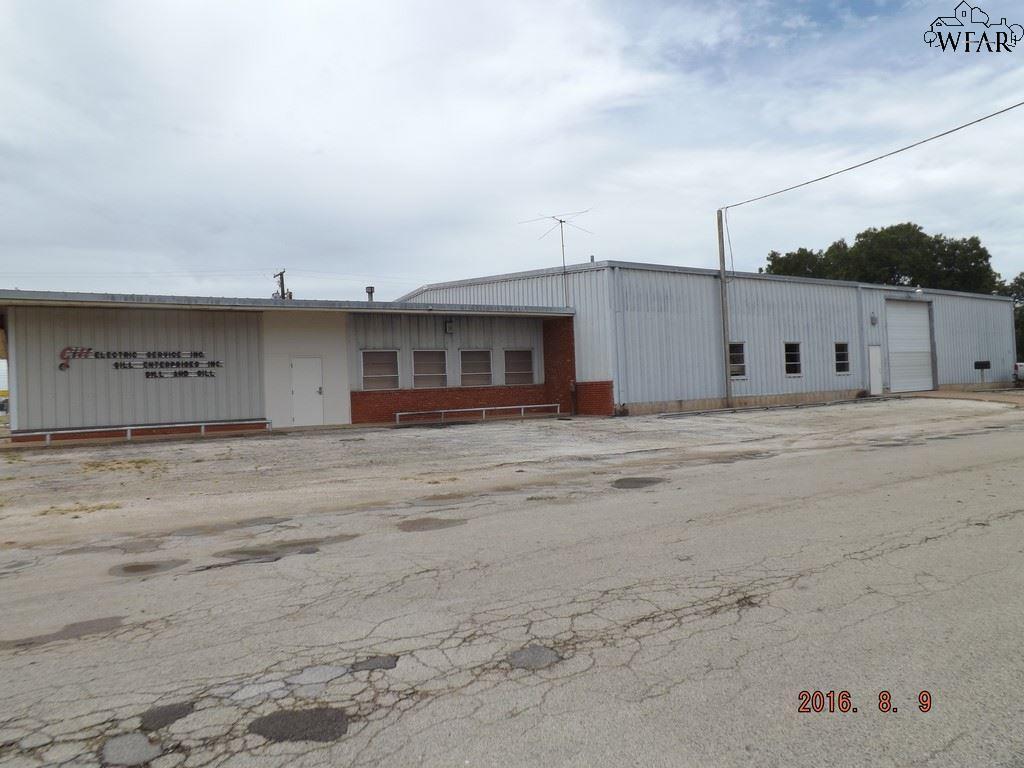612 E OMEGA STREET, Henrietta, TX 76365