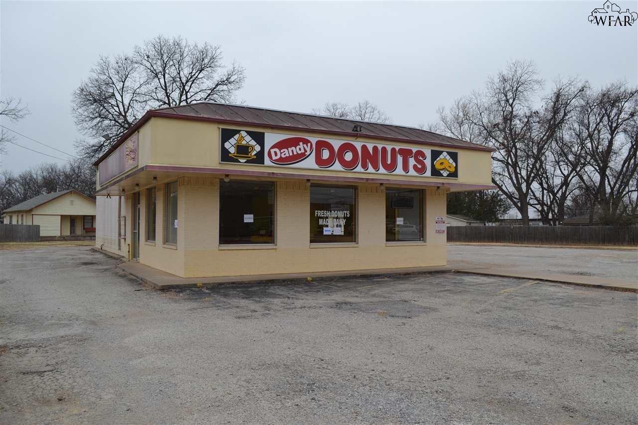 612 SHEPPARD ROAD, Burkburnett, TX 76354