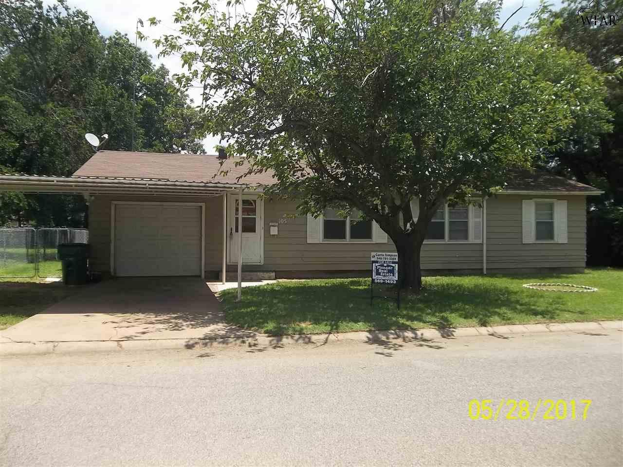 105 CAROLYN LANE, Burkburnett, TX 76354