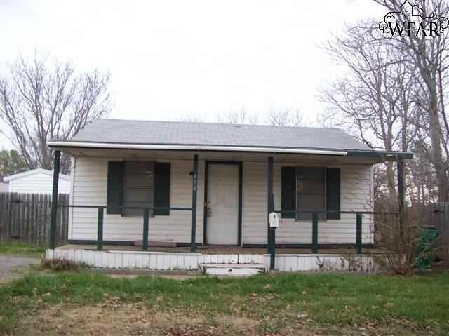 414 ROBERTS AVENUE, Burkburnett, TX 76354