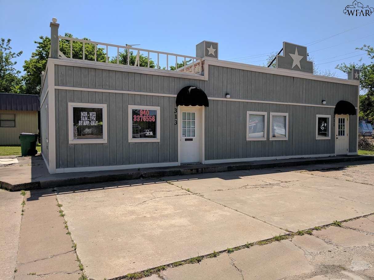 315 E OMEGA STREET, Henrietta, TX 76365