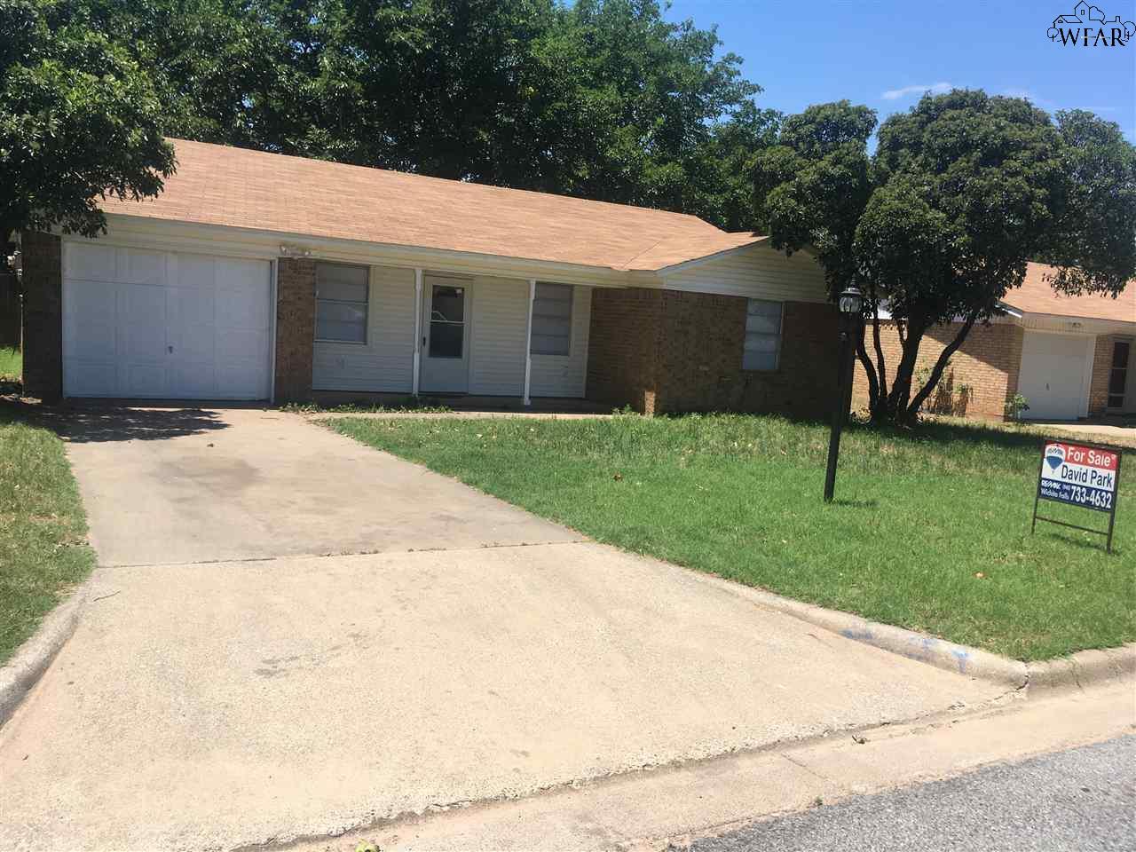 1321 LUCILLE STREET, Burkburnett, TX 76354