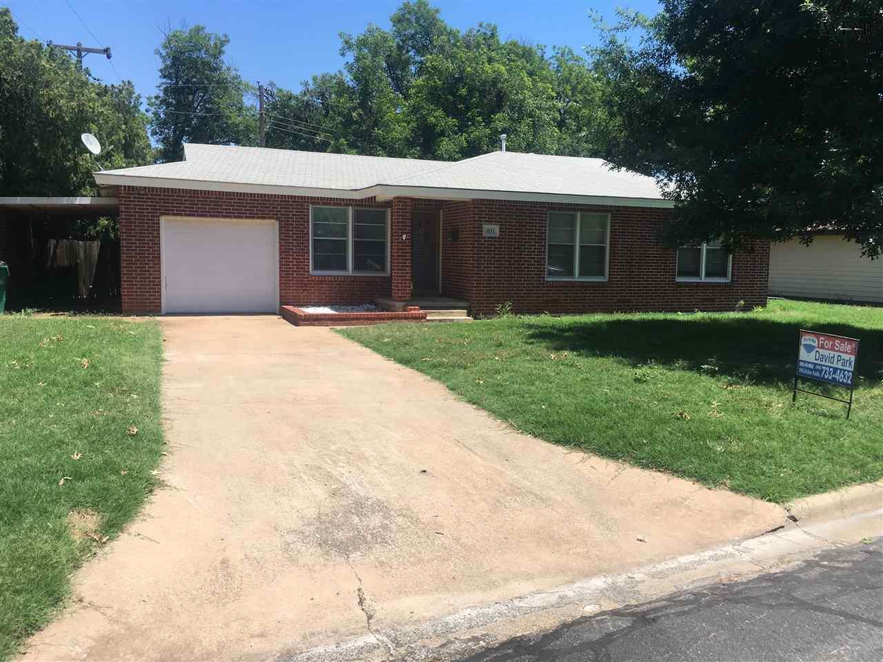 401 PEACH STREET, Burkburnett, TX 76354