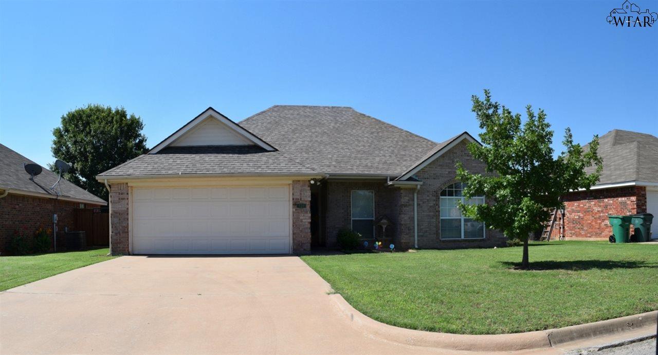 521 CALLIE LANE, Iowa Park, TX 76367