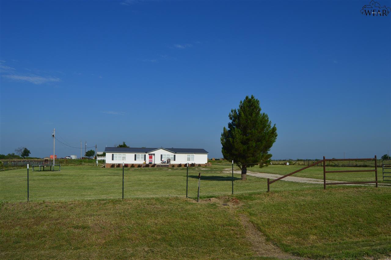 822 TAYLOR ROAD, Dean, TX 76305