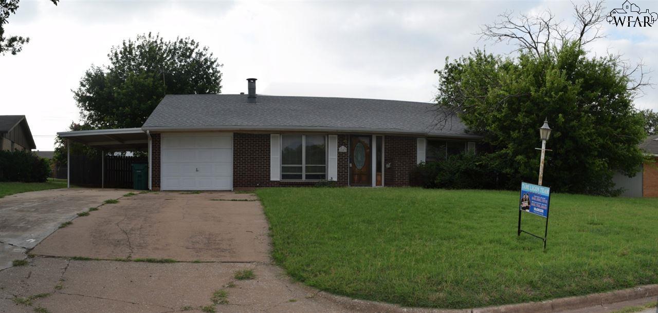 1603 DOUGLAS DRIVE, Iowa Park, TX 76367