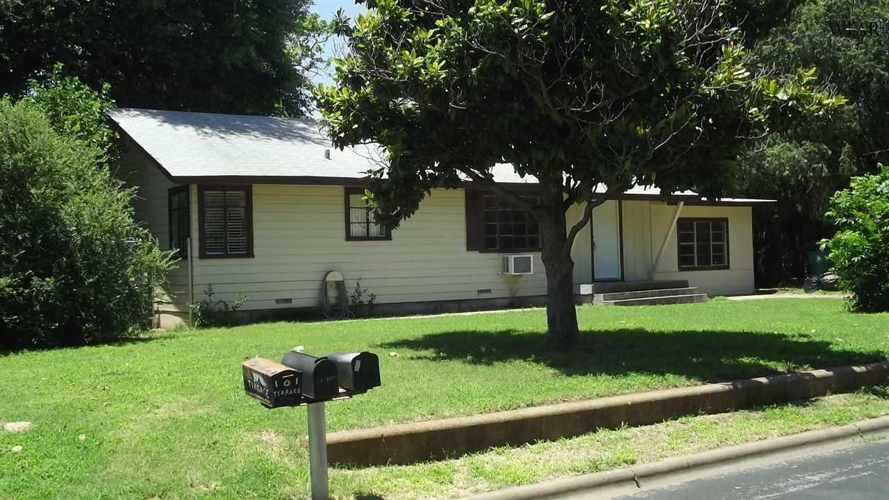 103 TERRACE STREET, Burkburnett, TX 76354