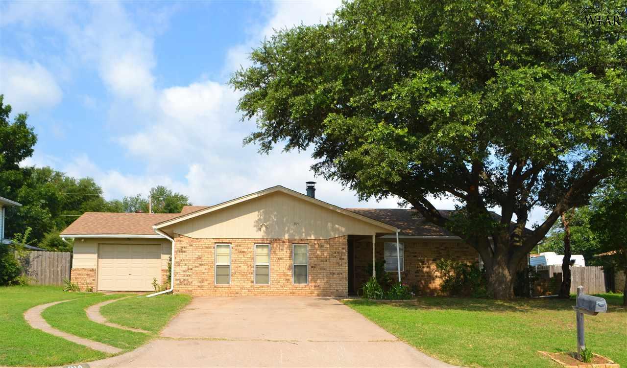 914 KATHRYN STREET, Burkburnett, TX 76354