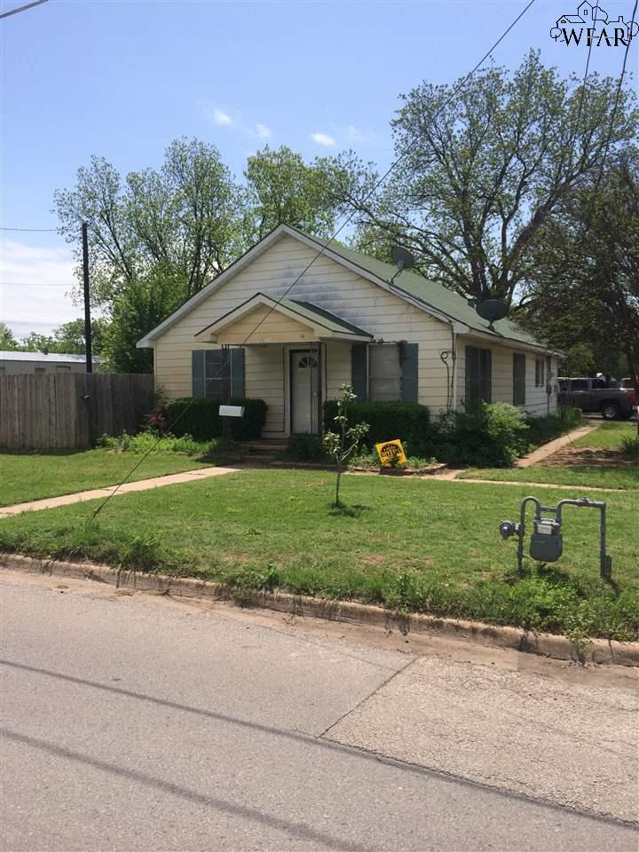 700 MAGNOLIA STREET, Burkburnett, TX 76354