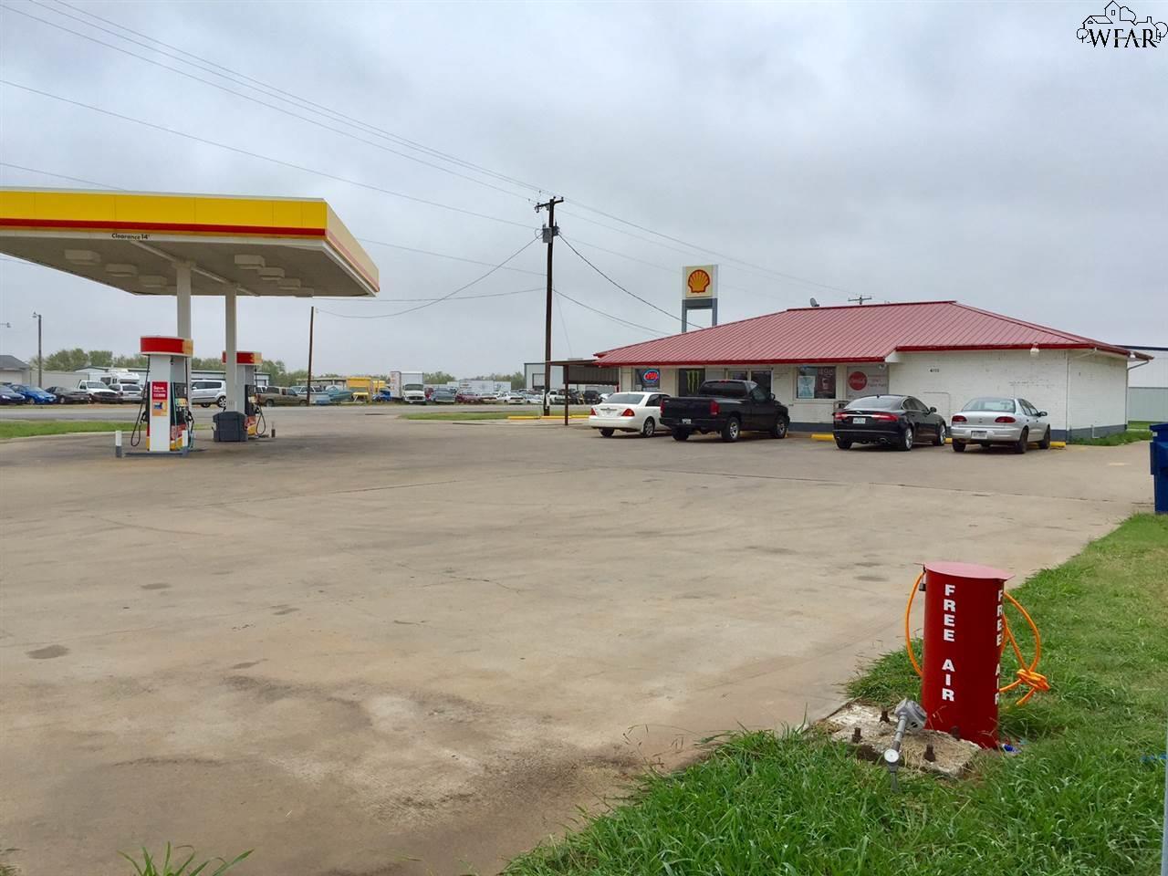 4110 BUS HWY 287 BUS 287 J, Iowa Park, TX 76367