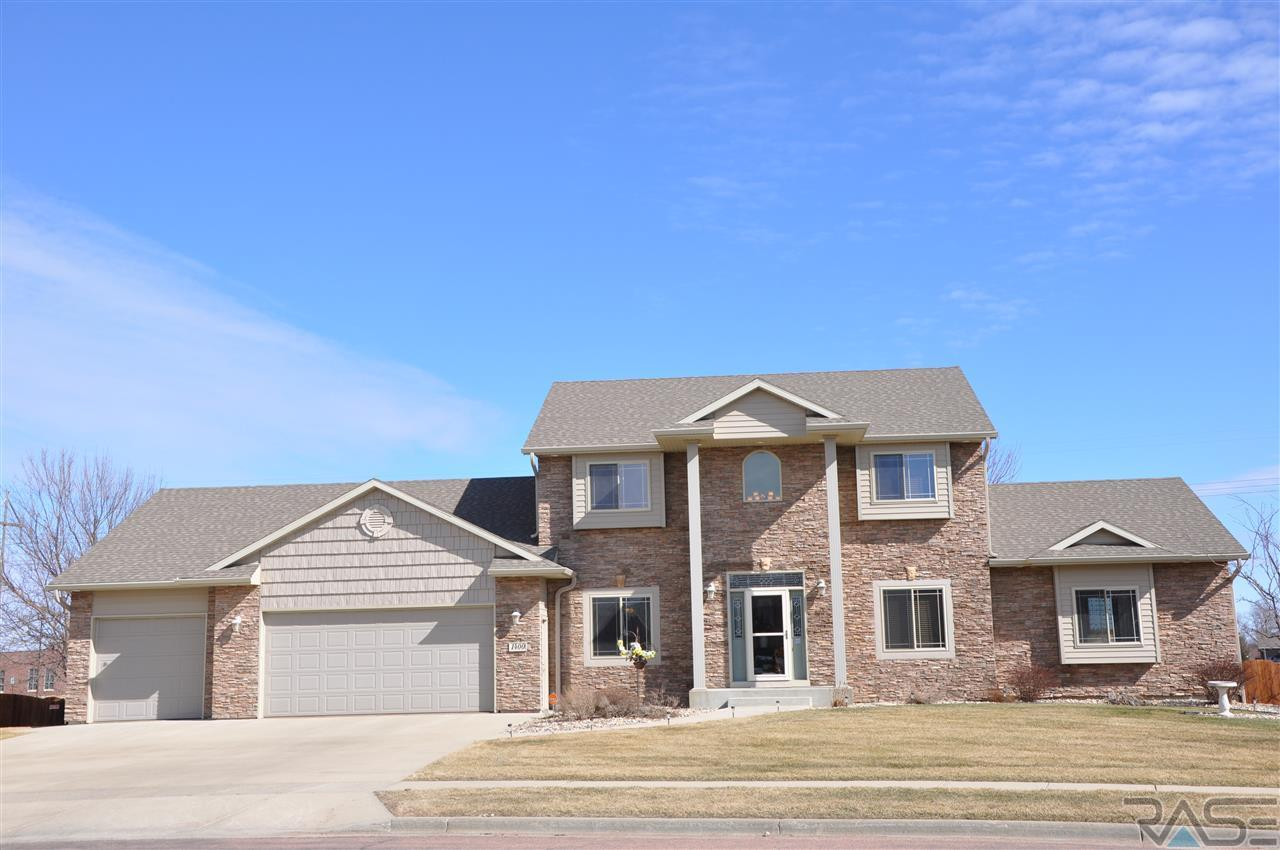 1400 S Lindenwald Dr, Sioux Falls, SD 57106