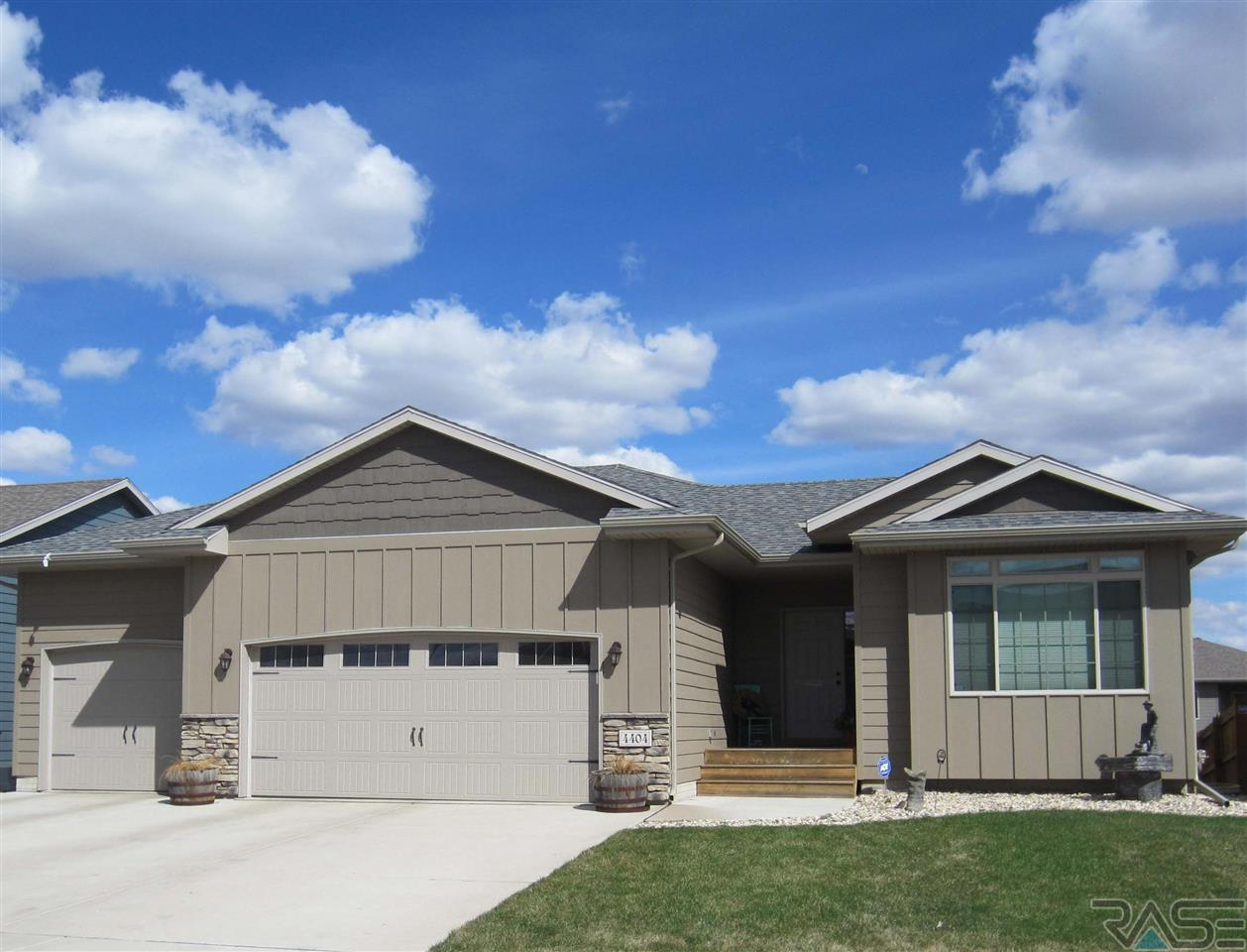 4404 S Tribbey Trl, Sioux Falls, SD 57106