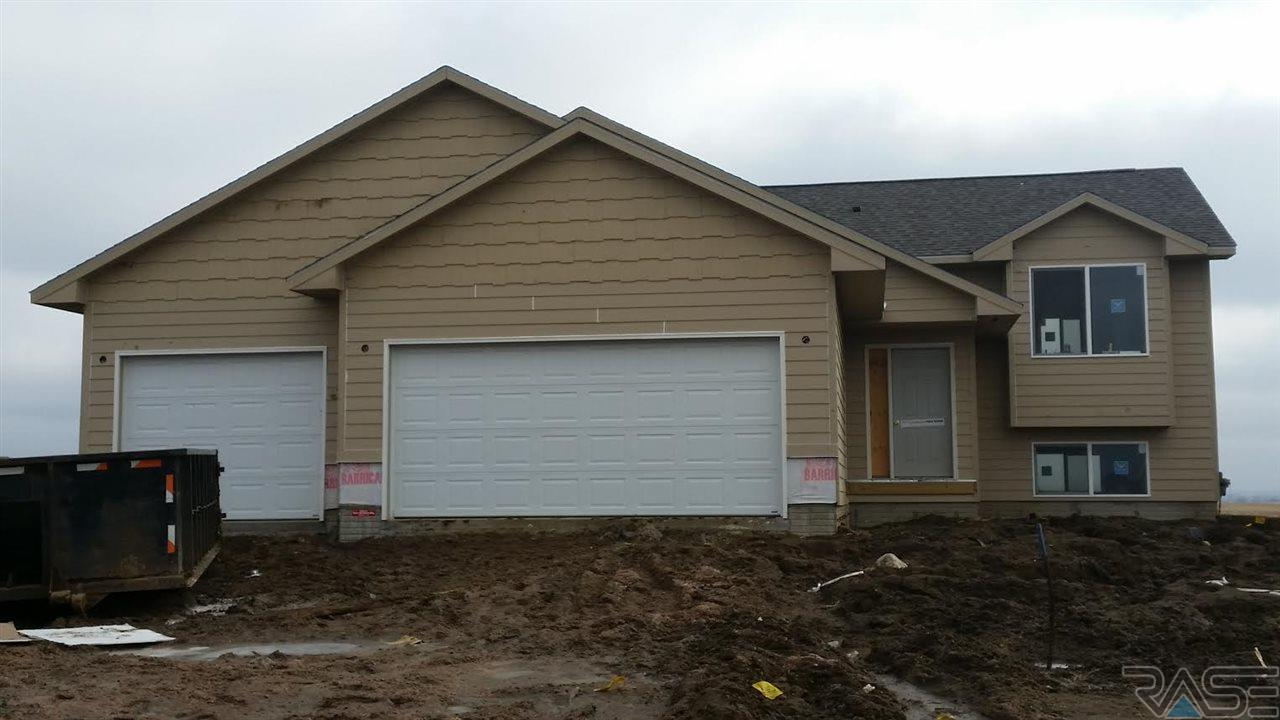 4117 S Linedrive Ave, Sioux Falls, SD 57110