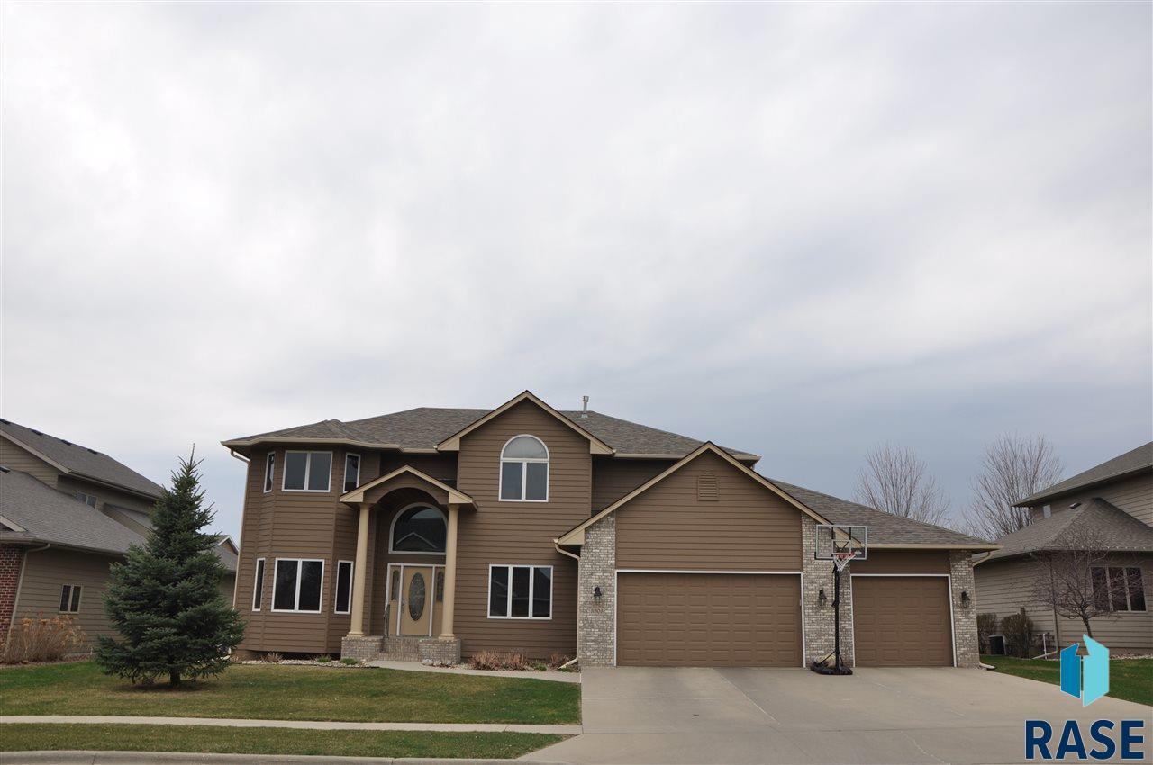 3905 S Pillsberry Ave, Sioux Falls, SD 57103