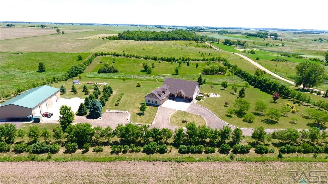 47738 279th St, Canton, SD 57013