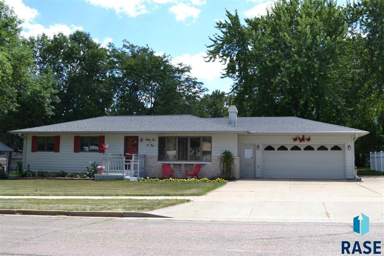 5201 W 37th St, Sioux Falls, SD 57106