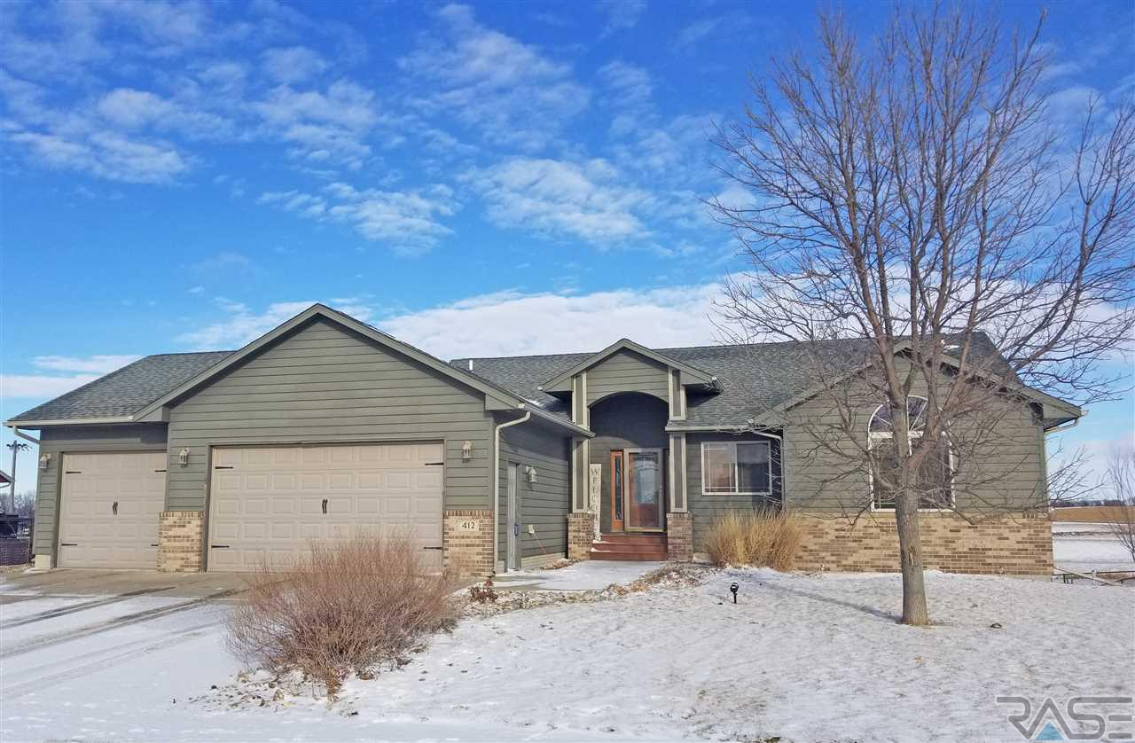 412 Andrew Dr, Crooks, SD 57020