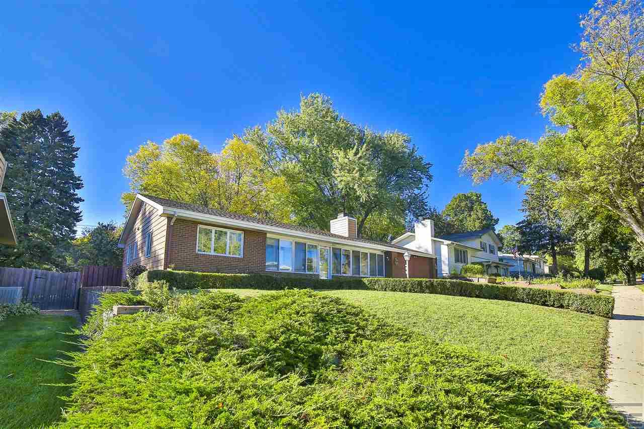 3013 S Holly Ave, Sioux Falls, SD 57105