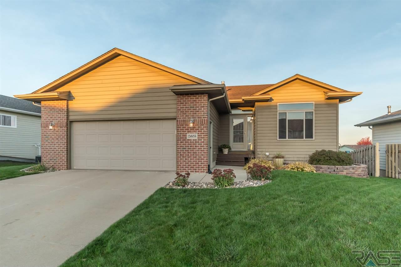 2605 N Wright Ave, Sioux Falls, SD 57107