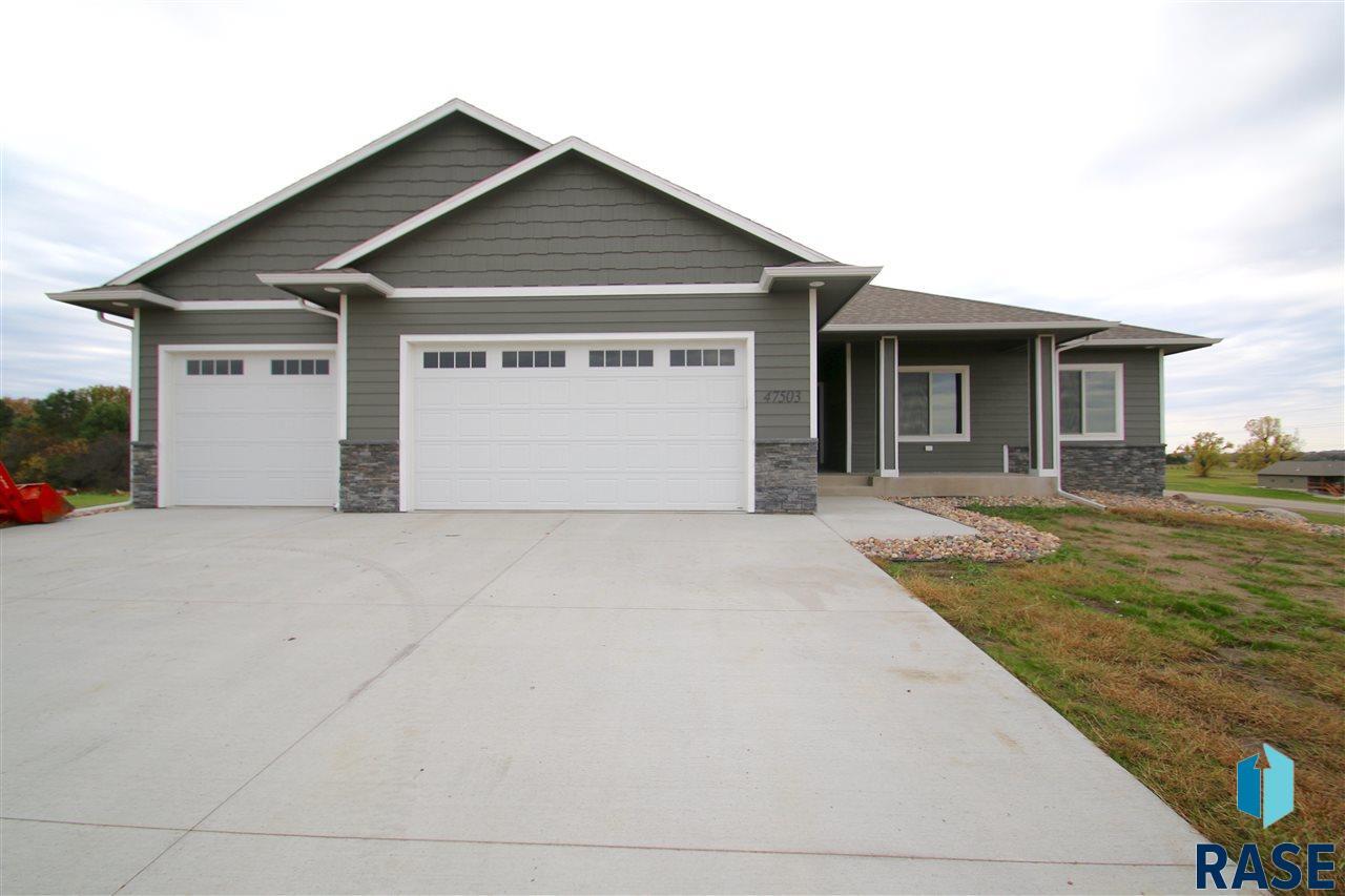 47503 Cedar Ridge Pl, Renner, SD 57055