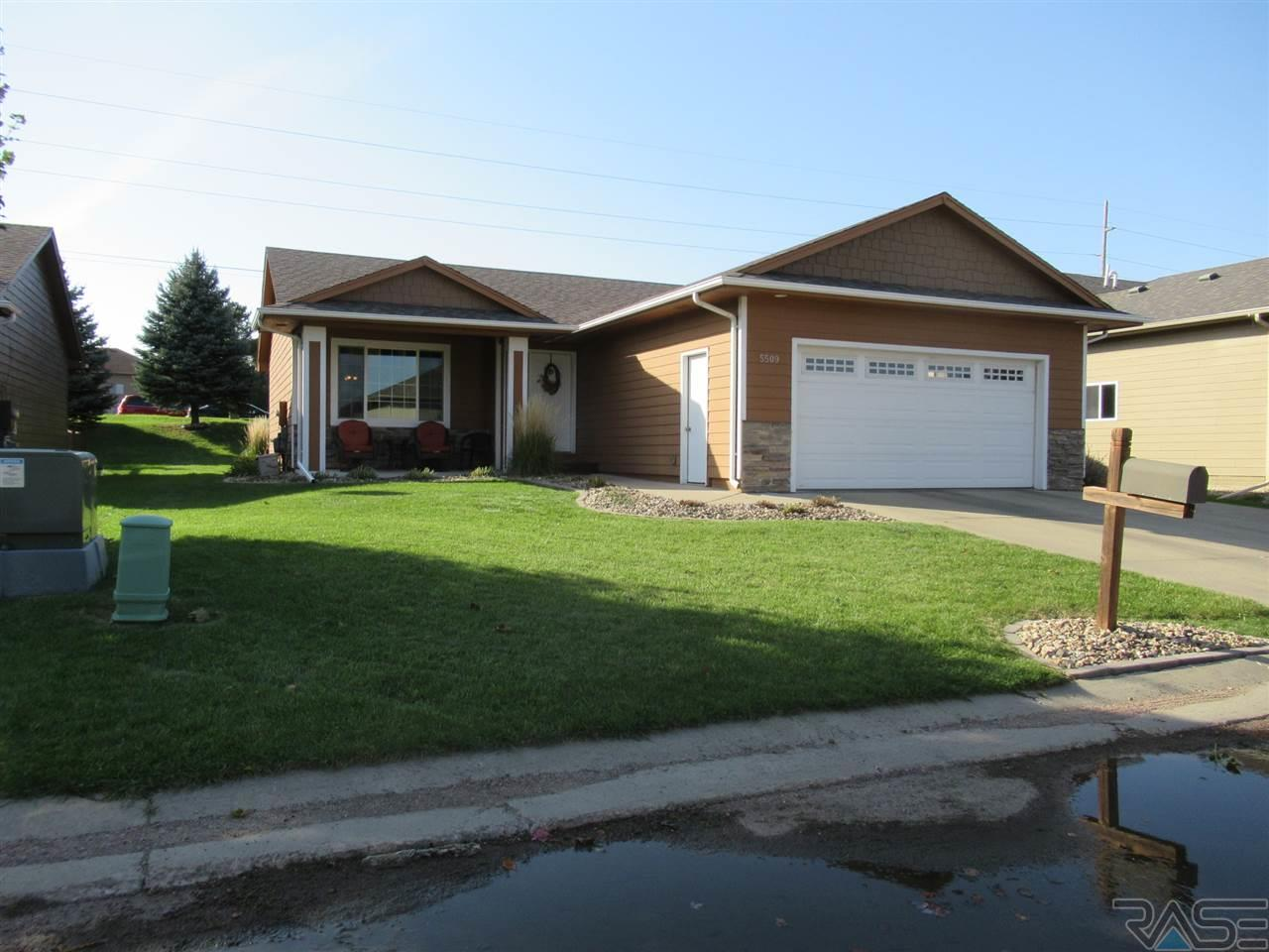 5509 S Tierney Pl, Sioux Falls, SD 57108