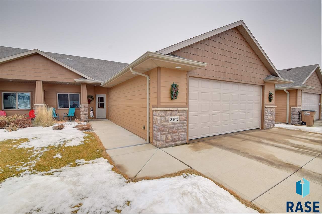 3402 E Woodsedge St, Sioux Falls, SD 57108
