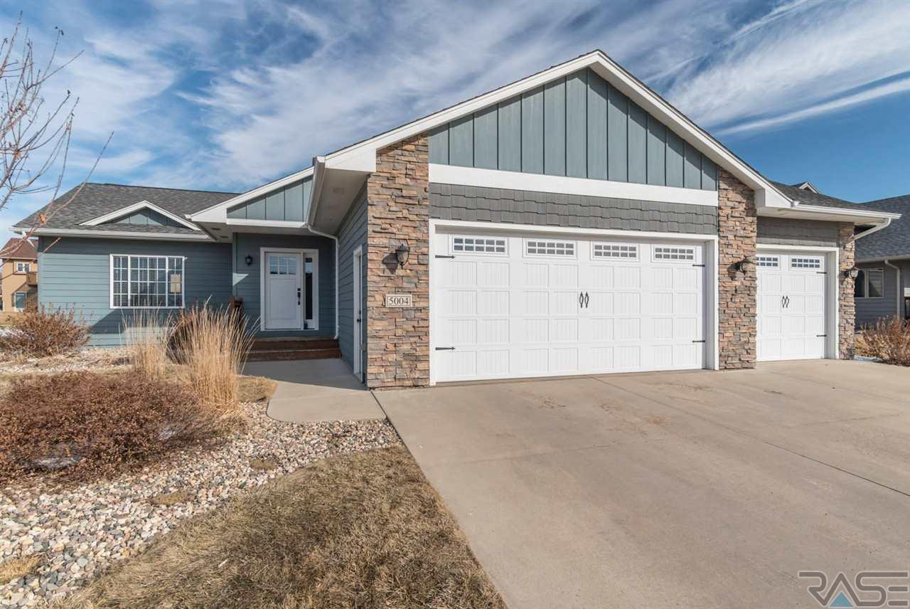 5004 E Tiger Lilly St, Sioux Falls, SD 57110