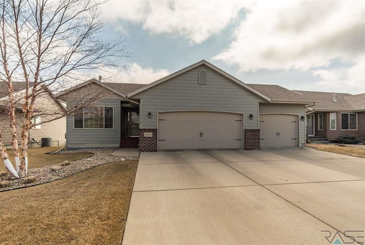 4804 S Grinnell Ave, Sioux Falls, SD 57106