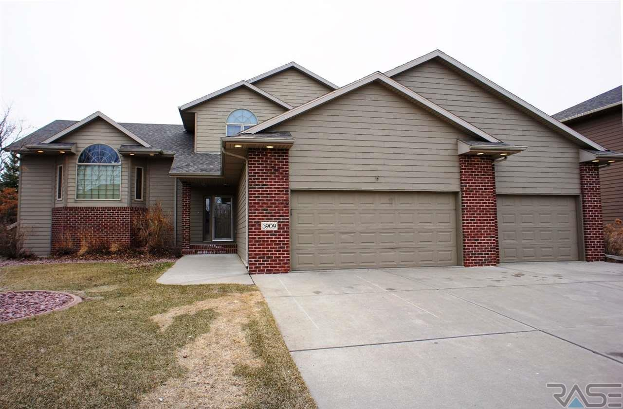 3909 S Pillsberry Ave, Sioux Falls, SD 57103