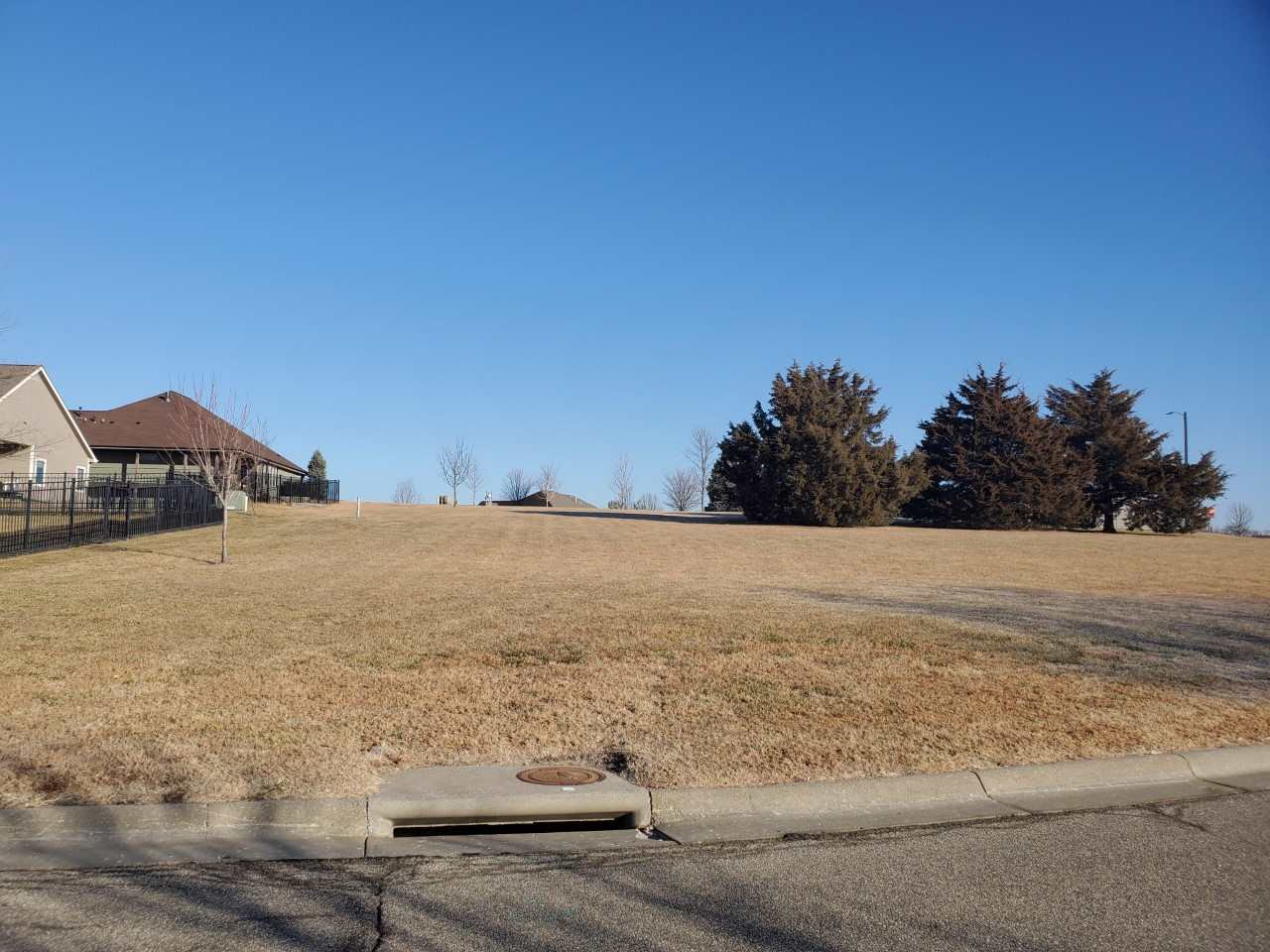 Build your dream home on this .60 acre lot in the popular Lee Mill Heights neighborhood.  Great location just a short distance to shopping, dining and Warner and Schultz parks. Special assessments end in 2025.
