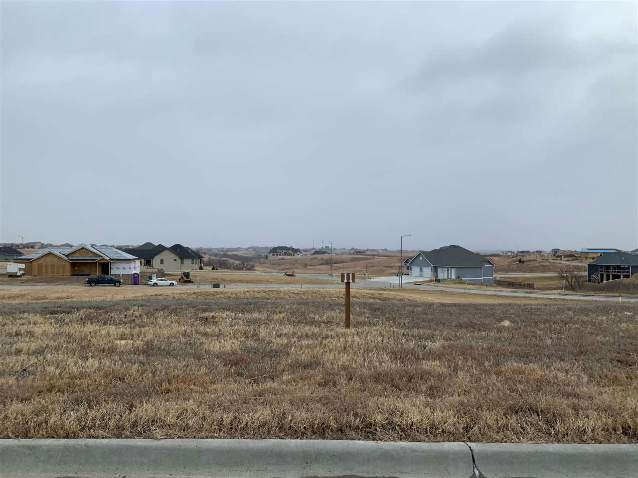 Located just off of N. Grand Mere Parkway, these residential lots in The Highlands at Grand Mere are nestled amid the rolling, quiet prairie with sweeping views of the Flint Hills and Colbert Hills.  With an assortment of lot sizes, prices, and building options, the perfect opportunity awaits!
