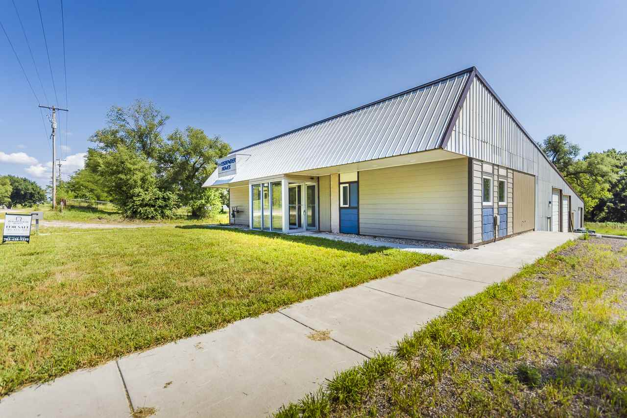 Take advantage of the opportunity to purchase an office and shop space between Manhattan & Wamego, perfect for a business looking to operate in multiple communities!