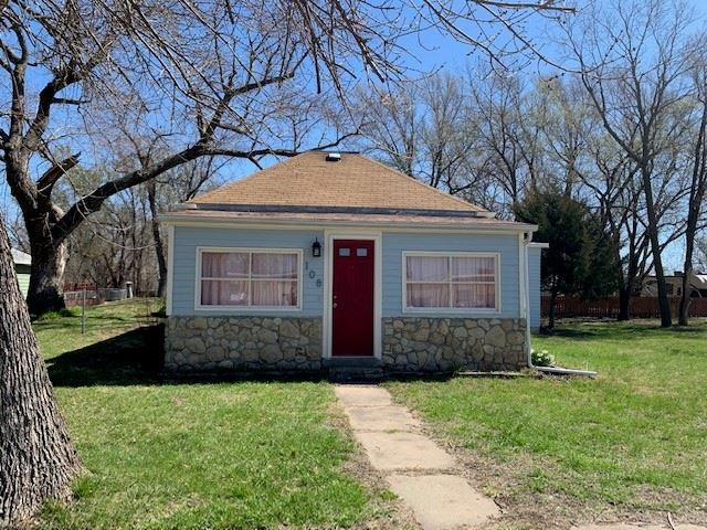 Great size lot and a super cute home.  This home is move in ready and easy to show.   Wood Floors Storage Shed 8x12 that has electricity  New Backsplash New Kitchen Faucet Storm Shelter/Cellar Screened in porch  Contact Brittany at 785-571-2202 for more details.