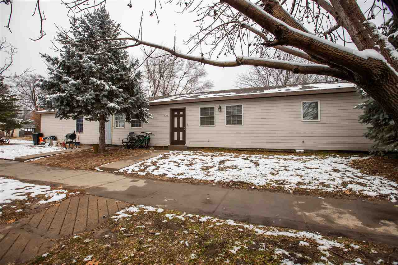 423-rent $1235, 3 bed 2 bath 949 sq ft. New Dryer April 2017. New toilet 2016. Tenant pays for water. Owner pays trash and pays up to $180 of electric bill, and pest control, lease ends 5/31/2021. 425-rent $975, 2 bed, 2 bath, 2 car garage, 949 sq ft. New AC 2019, New furnace Sept. 2018, New toilet Aug 2017. Tenant pays water and electric. Owner pays trash/pest control. New roof May 2017. New siding June 2016. Pets are allowed.