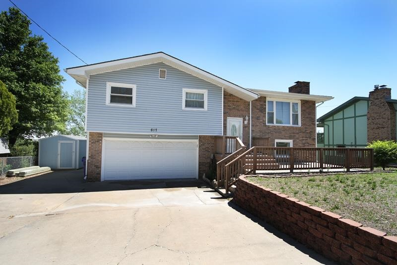 Don't miss out on the opportunity to own this beautiful 3 bedroom, 2 bath home!  The spacious living and dining area make a great entertaining space with access to the covered deck.  Additional living area is included in the walk-out basement, along with laundry room and bathroom. Call Becky to schedule a tour 785-479-1714