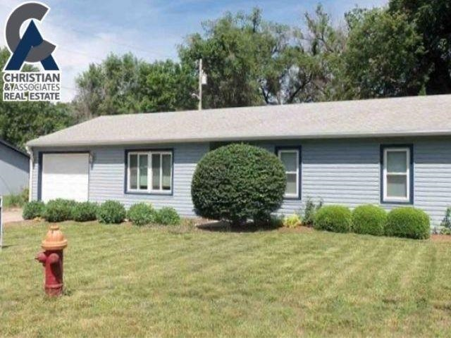 Easy Care Vinyl Siding...Quiet Neighborhood with Large Fenced Yard!  New vinyl planking floor and carpeting throughout!  Vaulted ceiling in Living Room and lots of Open Spaces!  A great home with Easy Care maintenance! Ann Christian, listing agent 785-317-7476