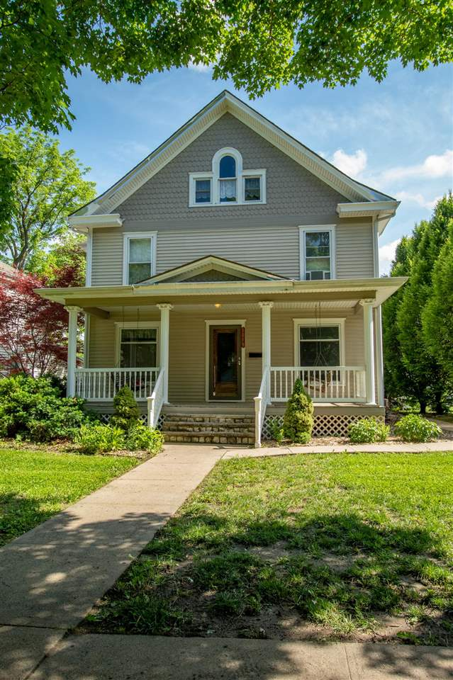 This beautiful 2.5 story home can be used as single family or as an investment! Located by City Park, this 6BR/3BA home has so much character! Top floor is fully furnished studio apartment. Very well maintained. Tenants vacate August 1st.