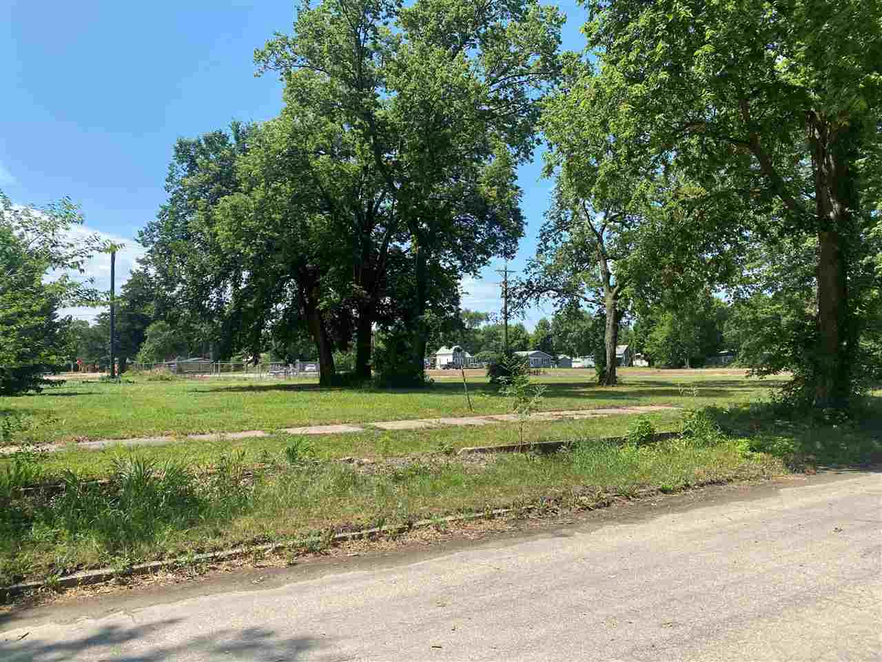 Lot Dimensions 140X92 Currently zoned for residential, but is near commercially zoned area and is a block south of Highway 24.